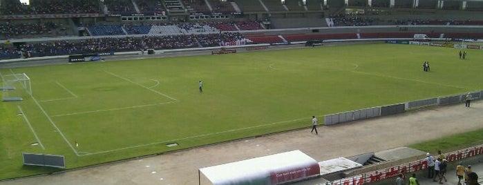 Estádio Rei Pelé is one of Locais curtidos por Luciano.