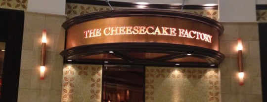 The Cheesecake Factory is one of Dicas de Orlando..