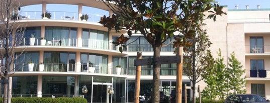 Abitalia Tower Plaza Hotel Pisa is one of Locais curtidos por Numan.