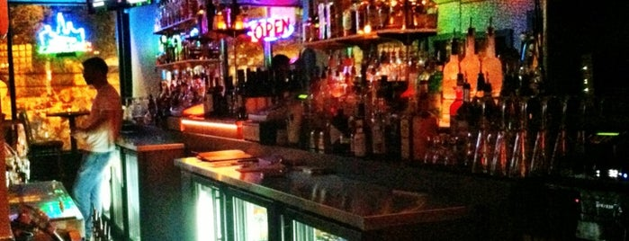 Sidecar Bar is one of Illinois' Music Venues.