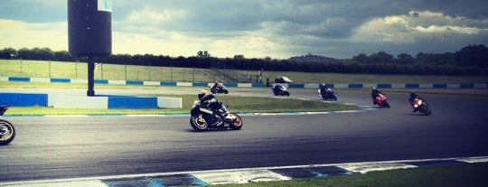 Circuito di Donington Park is one of Bucket List for Gearheads.