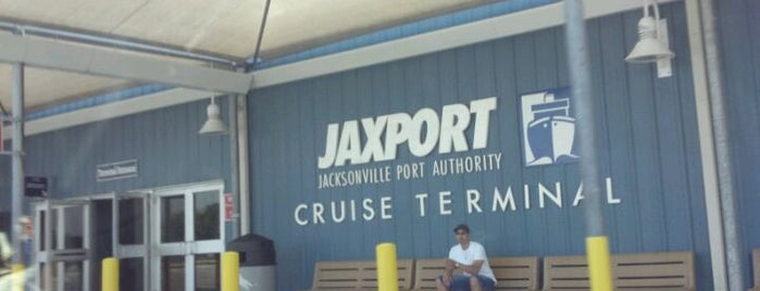 JAXPORT Cruise Terminal is one of Lieux qui ont plu à Cralie.