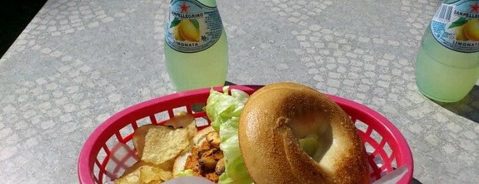 Bönor & bagels is one of Göteborg.