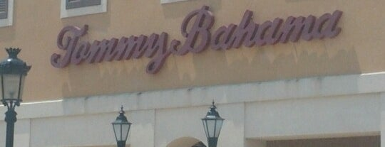 Tommy Bahama is one of Lieux qui ont plu à Kaleem.