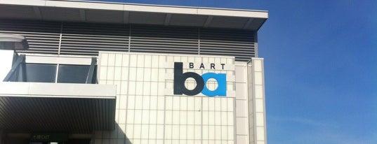 West Dublin/Pleasanton BART Station is one of Lieux qui ont plu à Alan.