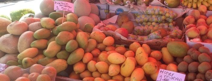 Island Market Place is one of Key Largo.