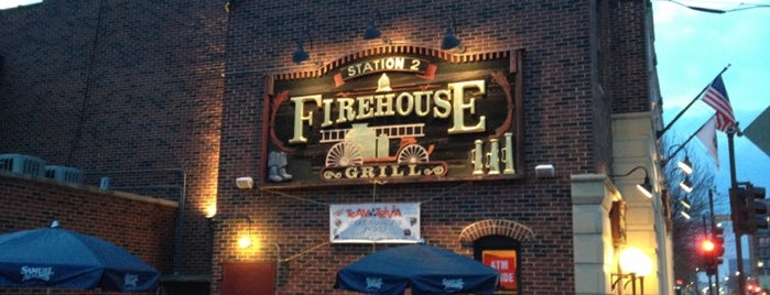 Fire House Grill is one of Lieux qui ont plu à Jenn.