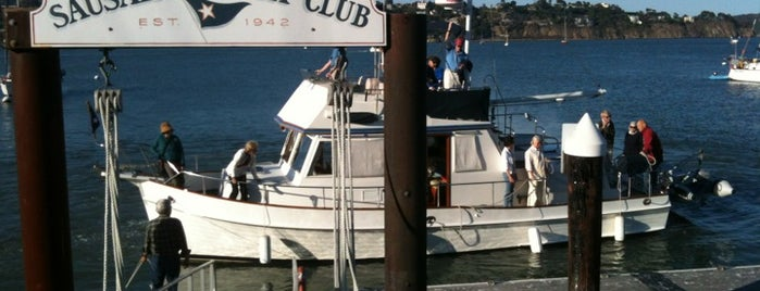 Sausalito Yacht Club is one of Lugares em LA.
