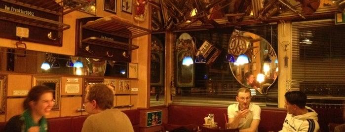 Café Plazz is one of SMS FRANKFURT Group Travel : понравившиеся места.