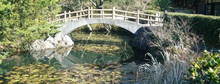 瑠璃宝の池 (血の池) is one of 屋島 (Yashima).