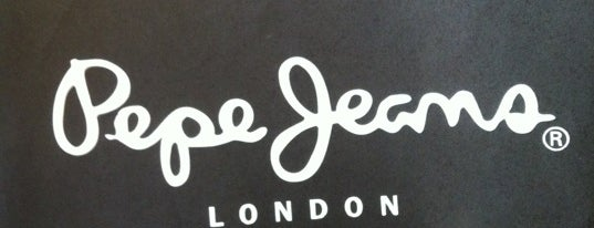 Pepe Jeans is one of Locais curtidos por Helena.