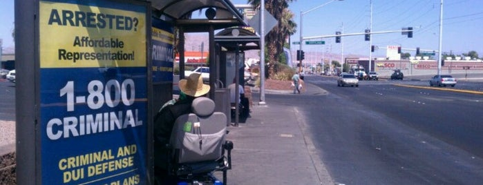 RTC Stop 498 is one of Las Vegas Transit Stops I Have Known.