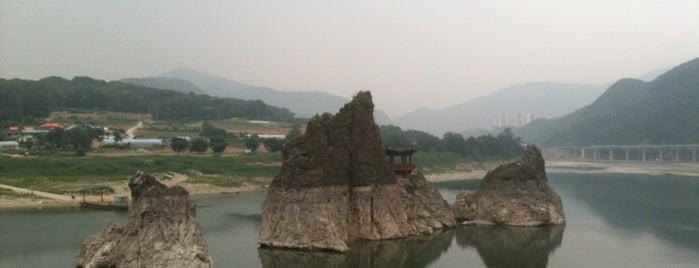 Dodamsambong Peaks is one of Orte, die Heungjun Jeremy gefallen.