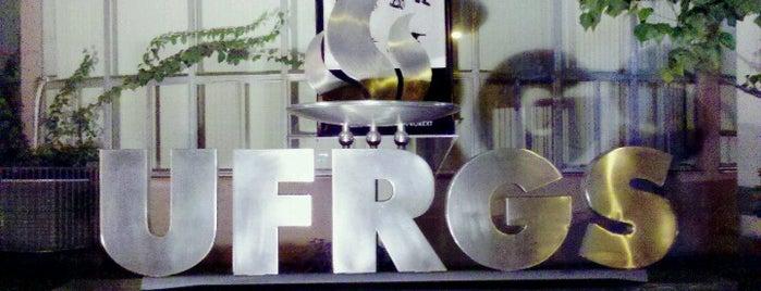 Universidade Federal do Rio Grande do Sul (UFRGS) is one of Locais curtidos por Fabio.
