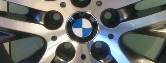 BMW Top Car is one of Fav Places.