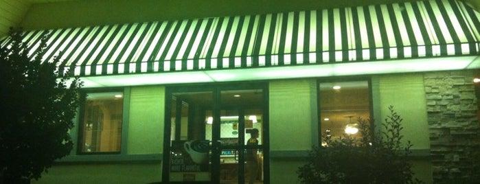 Perkins Restaurant & Bakery is one of Ernesto 님이 좋아한 장소.