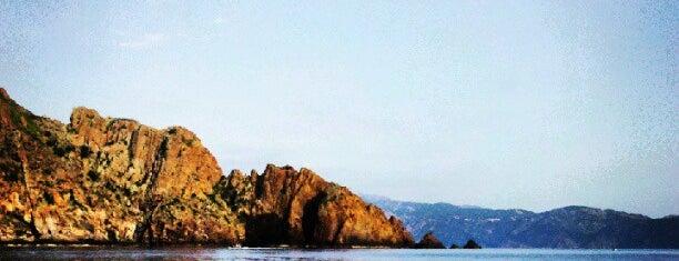 Réserve Naturelle de Scandola is one of La Corse par la côte ouest.