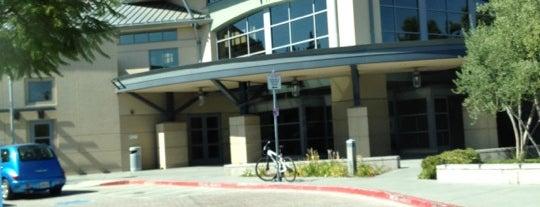 Santa Clara City Library is one of Orte, die Anthony gefallen.