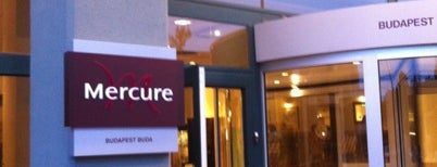 Hotel Mercure Budapest Buda is one of สถานที่ที่ Lou ถูกใจ.