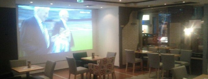11th Street is one of Thessaloniki Sport Bars: Η απόλυτη λίστα!.