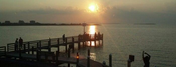 Sugar Creek Seafood Restaurant is one of Favorite OBX Restaurants.