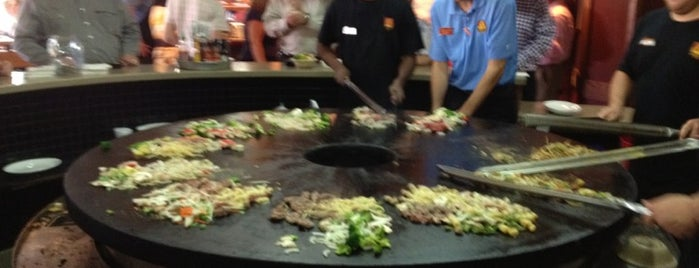 bd's Mongolian Grill is one of Annaさんのお気に入りスポット.