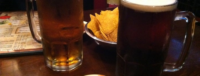 El Cerro Bar and Grill is one of Tempat yang Disukai Paige.