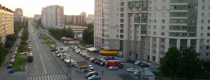 Улица Сикейроса is one of Gespeicherte Orte von Кристина.