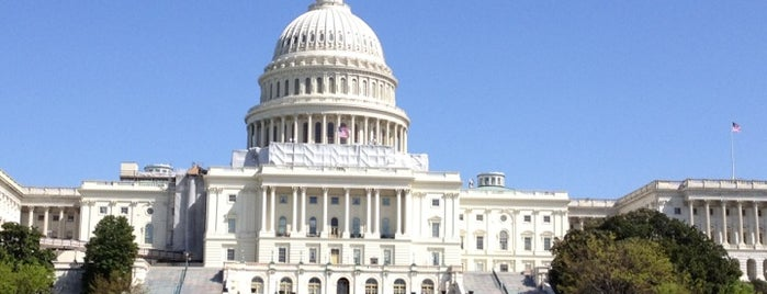 U.S. Capitol - West Terrace is one of Amelie 님이 좋아한 장소.