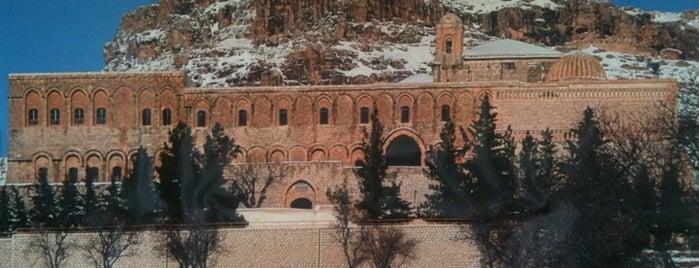 Deyrulzafaran Manastırı is one of Mardin: Gezilecek yerler.