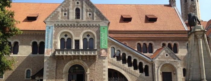 Burgplatz is one of Braunschweig.
