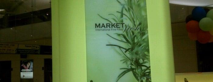 Market Fresh is one of EWR Terminal C.