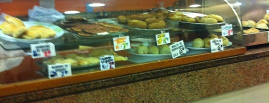 Helueni - Delicias Árabes Orientales is one of Mercado Gourmet.