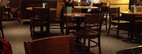 Starbucks is one of Posti che sono piaciuti a Lou.