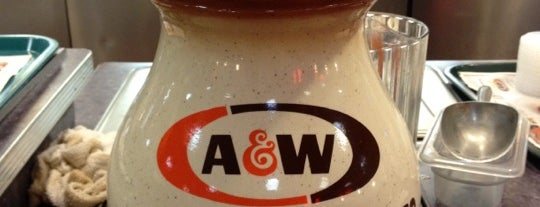 A&W Restaurant is one of Posti che sono piaciuti a Blake.