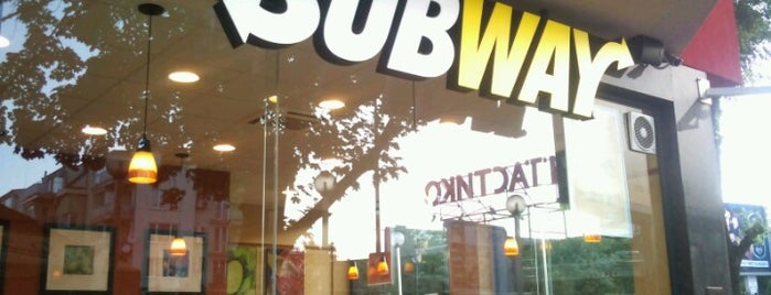 Subway is one of Orte, die Mila gefallen.