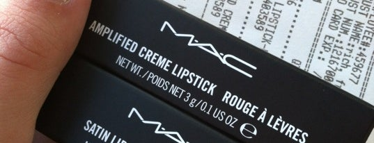 MAC Cosmetics is one of Lugares guardados de Caitie.
