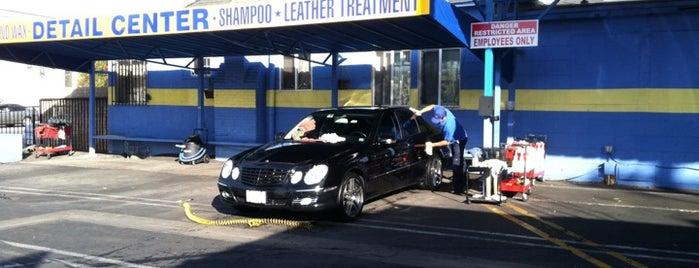 Overland Car Wash is one of Orte, die Lauren gefallen.