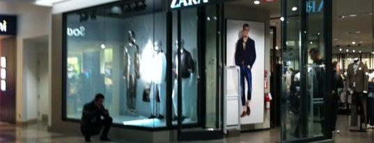 Zara is one of Özlem'in Beğendiği Mekanlar.