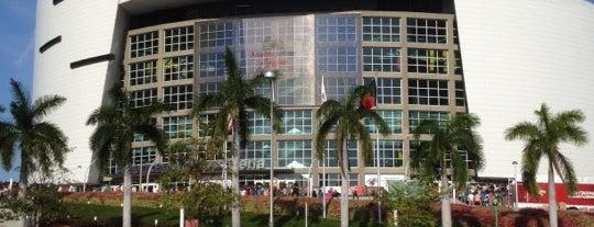 Американ Эйрлайнс Арена is one of Miami.