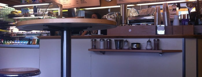 Kaffeeladen is one of Café.