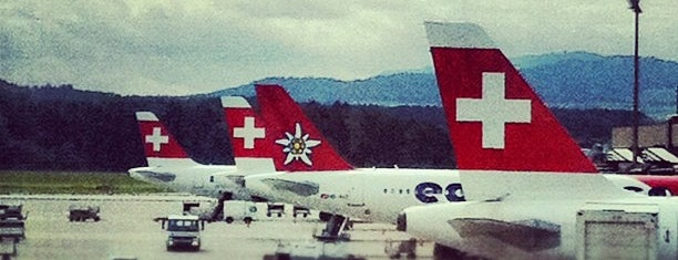 Аэропорт Цюрих (ZRH) is one of Airports I've been to.