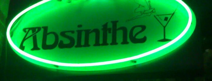 Absinthe Lounge is one of Lieux qui ont plu à Andre.