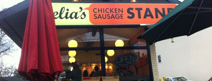 Delia's Chicken Sausage Stand is one of Lugares guardados de Emily.