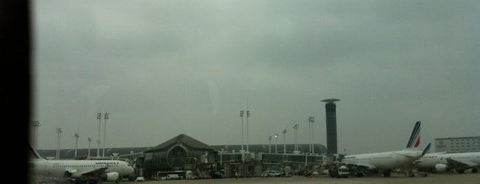 สนามบินปารีสชาร์ลส์เดอโกลล์ (CDG) is one of AIRPORT.