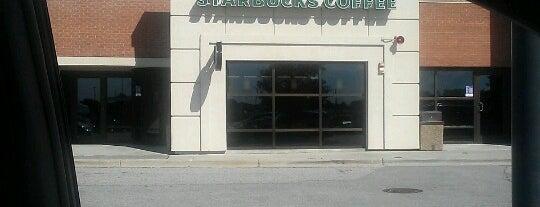 Starbucks is one of Orte, die Crispin gefallen.