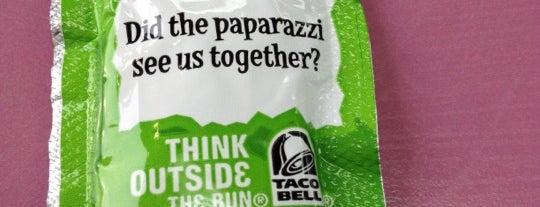 Taco Bell is one of Jen 님이 좋아한 장소.
