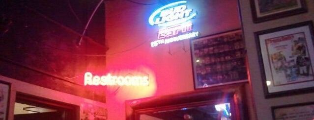 Bud's Sports Bar & Grill is one of Chattanooga.