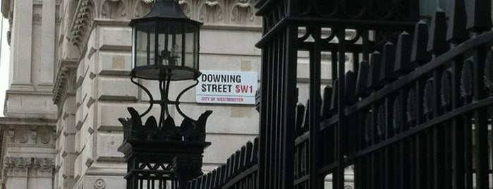 10 Downing Street is one of London Essentials.