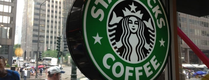 Starbucks is one of Jennifer'in Beğendiği Mekanlar.